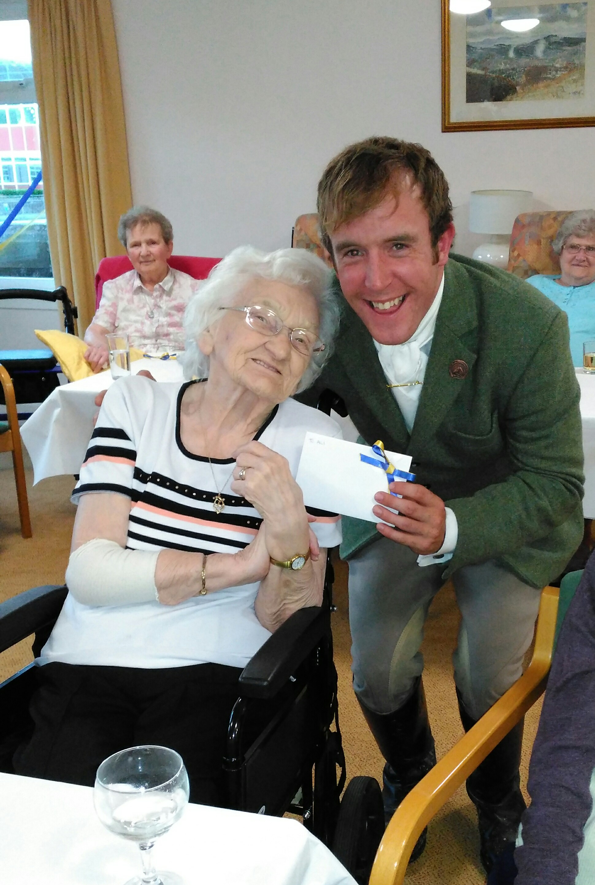 Frank Scott Court Tenants Welcome Hawick 'Big 8'
