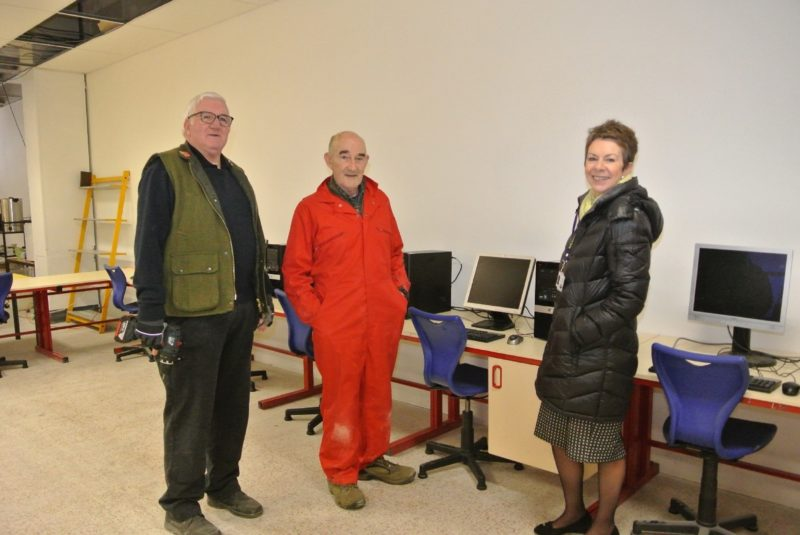 Eildon Housing Association gives donation to Kelso Men's Shed